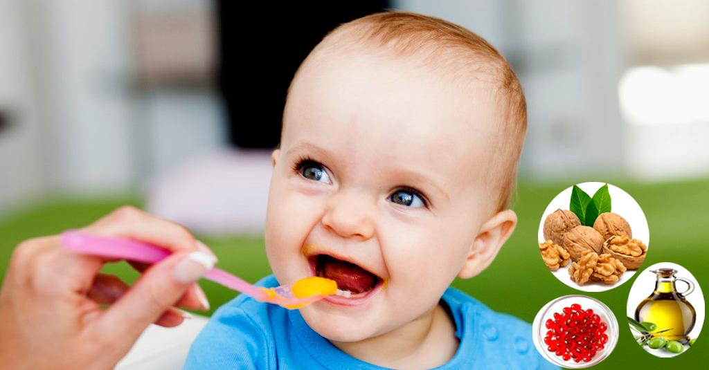 Thực đơn cho trẻ 10 tháng nhẹ cân gồm mấy bữa?