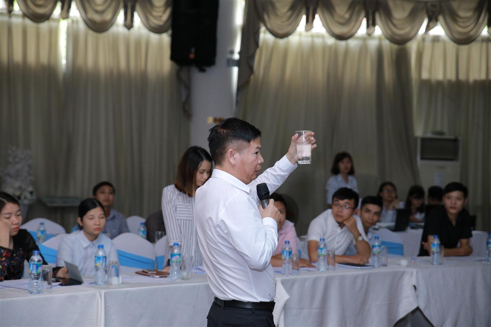 Giám đốc Trần Văn Thắng chia sẻ kinh nghiệm thực tế